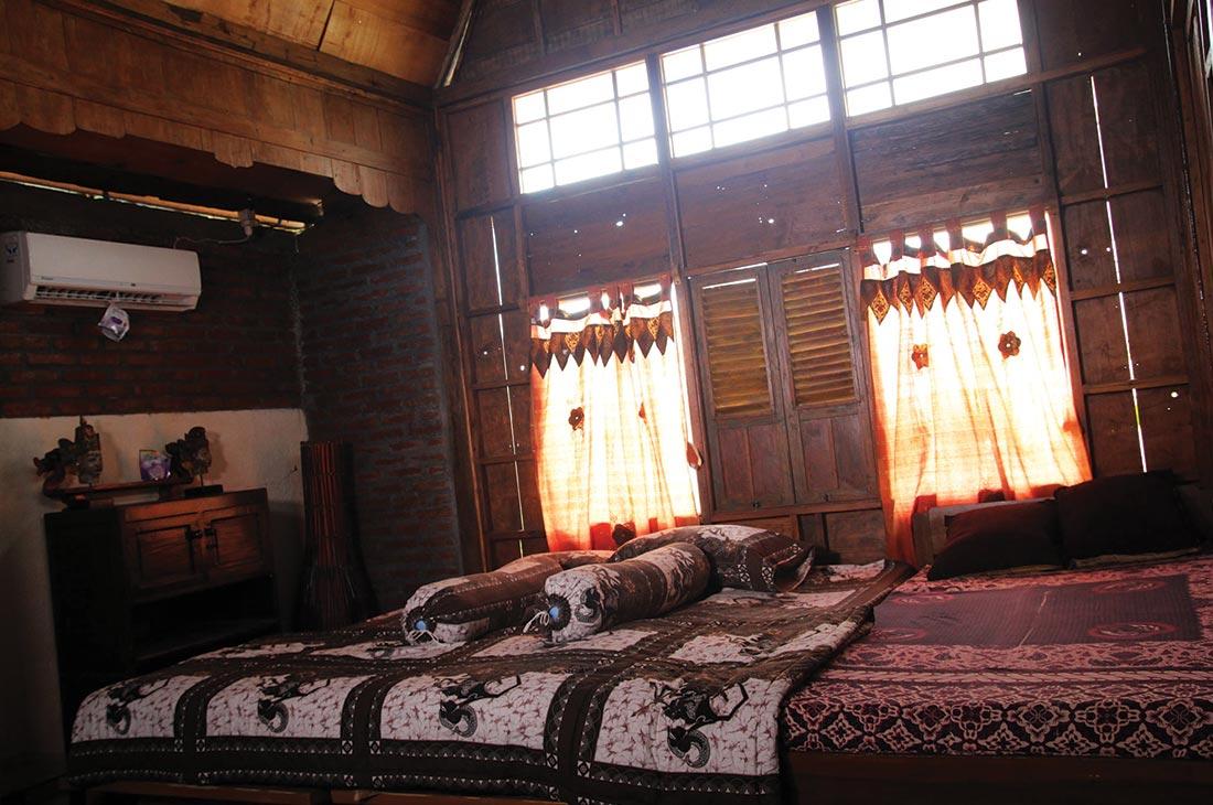 Awang Room